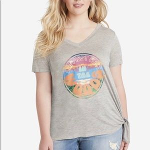 Jessica Simpson T-shirt